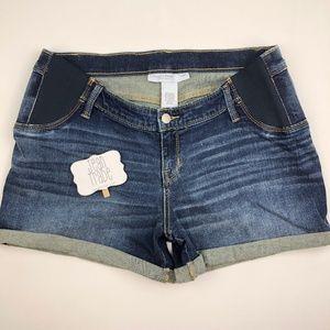 NWT Liz Lang Maternity Jean Shorts